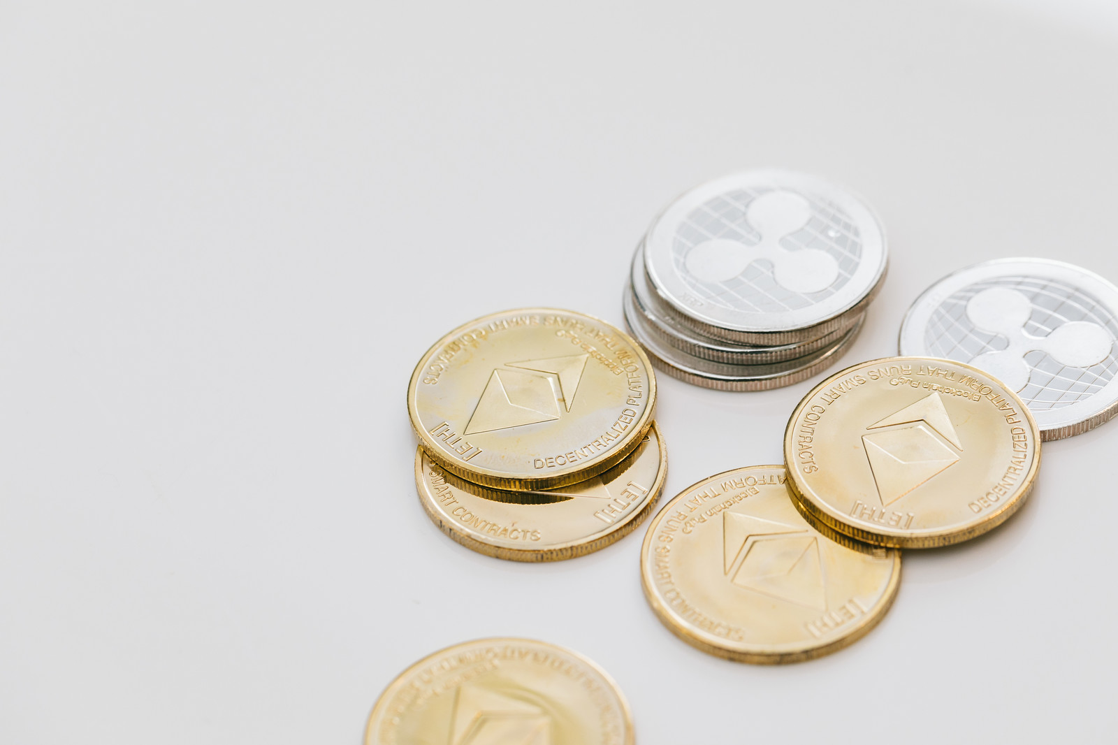 【VOL154】仮想通貨を法人で取り扱うメリットとデメリット